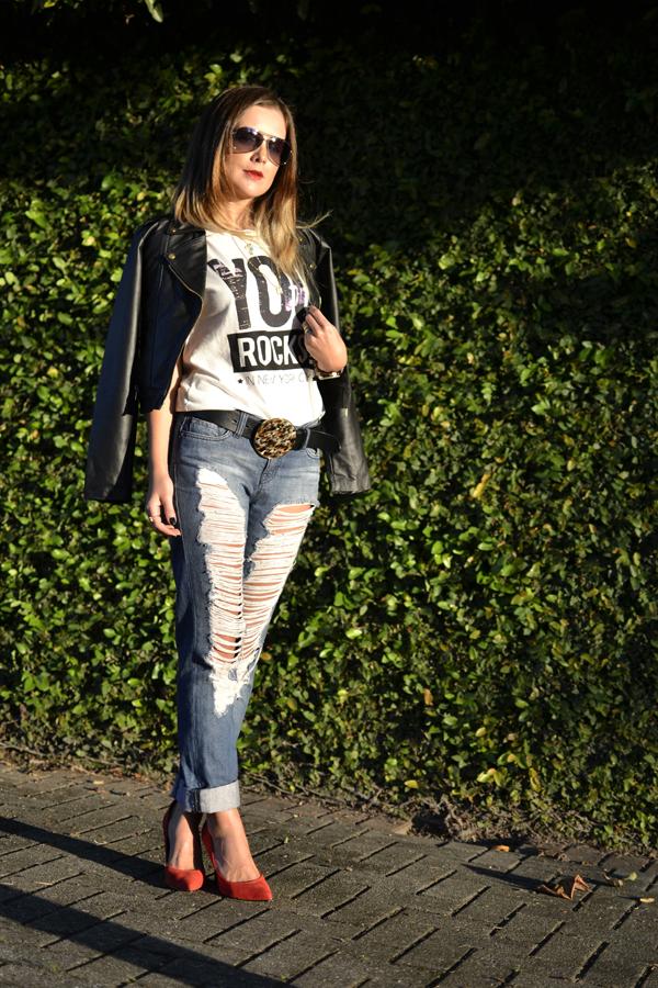 jeans-destroyed+-jaqueta-perfecto-de-couro