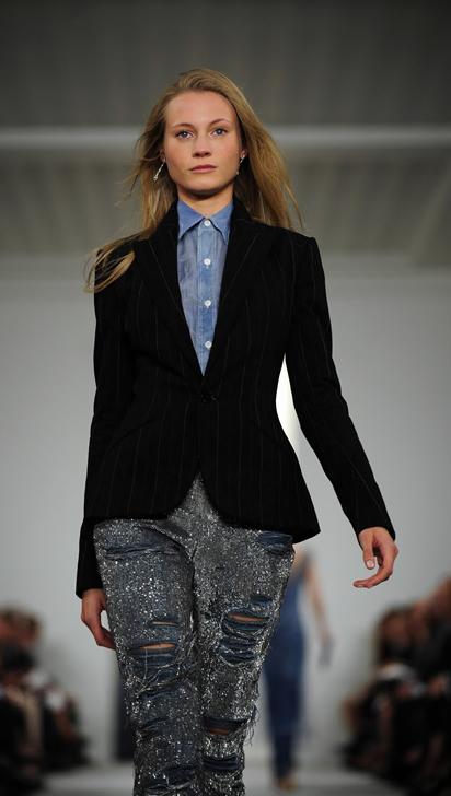blazer-feminino-com-calca-jeans